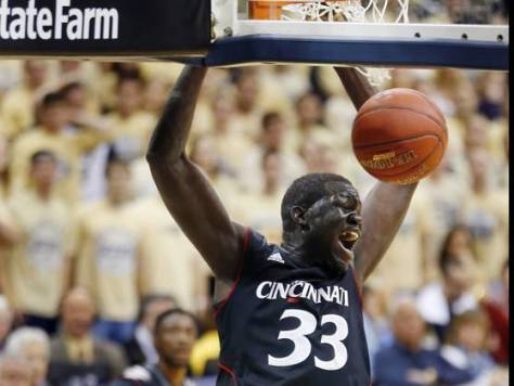 Junior center David Nyarsuk's second half performance gave the Cincinnati Bearcats the boost on offense to complete their comeback against Pittsburgh. (Image courtesy of http://www.usatoday.com/story/sports/ncaab/bigeast/2012/12/31/no-14-cincinnati-slips-by-no-24-pittsburgh-70-61/1801145/)