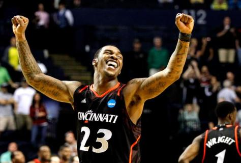 Cincinnati junior guard Sean Kilpatrick leads the team with an 18 points per game scoring average. (Image courtesy of bleacherreport.com)